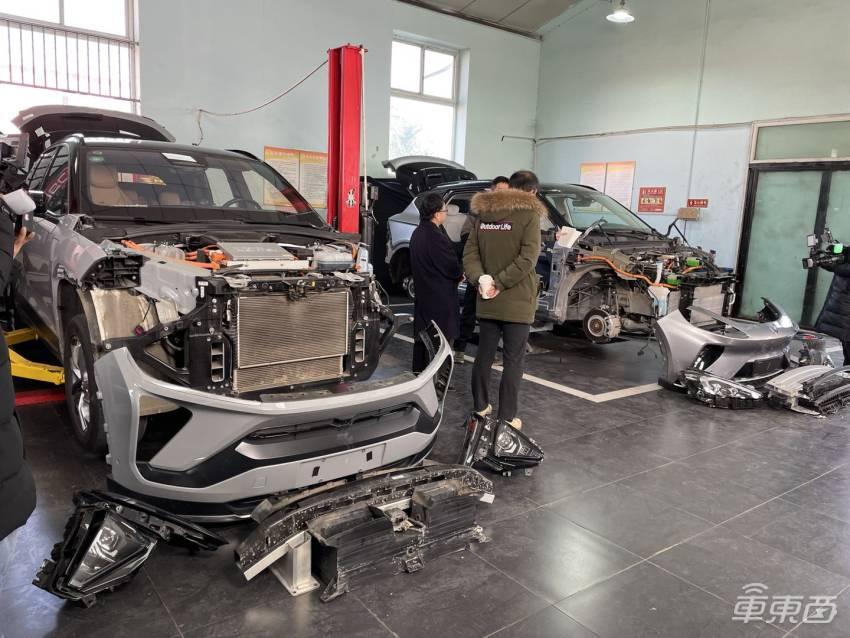 威马新车搭载AVP系统四月上市 汽车可全自动停车不需人类干预