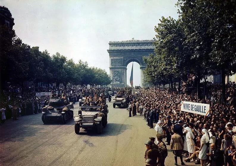 戴高乐领导时法国为何敢跟美国叫板 退出北约?