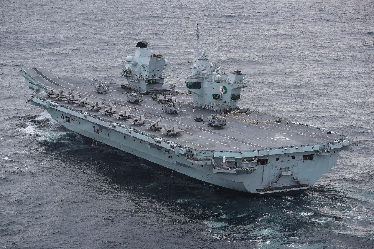 """此次""""伊丽莎白女王""""号航母携带了18架F-35B战斗机。"""