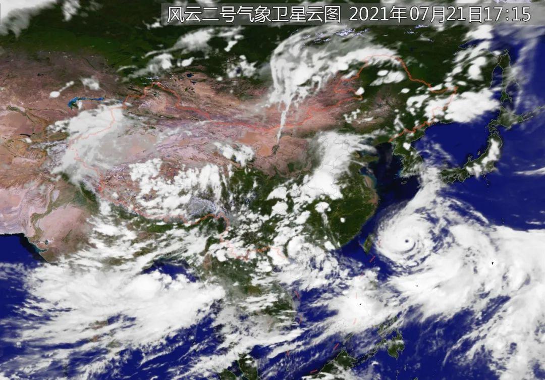 ▲ 7月21日17时的卫星云图,河南上空依然乌云密布。图/中央气象台官网