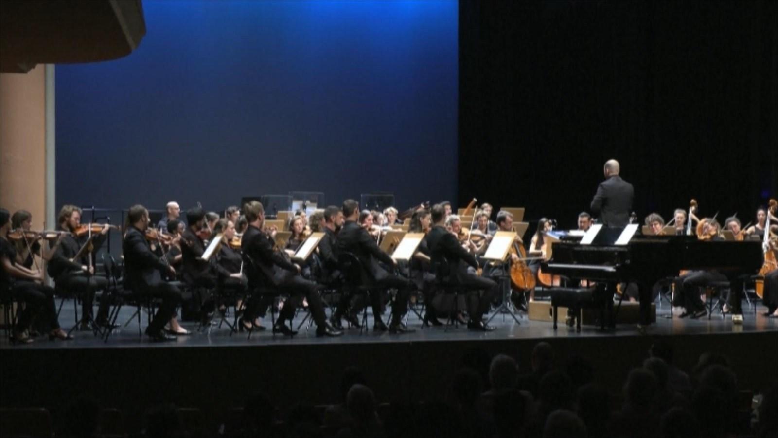 人工智能谱写《贝多芬第十交响曲》片段