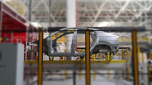 爱驰U6生产谍照曝光 采用轿跑SUV造型