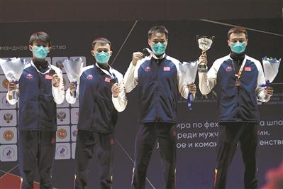 中国男子重剑队获奥运参赛资格。@人民视觉