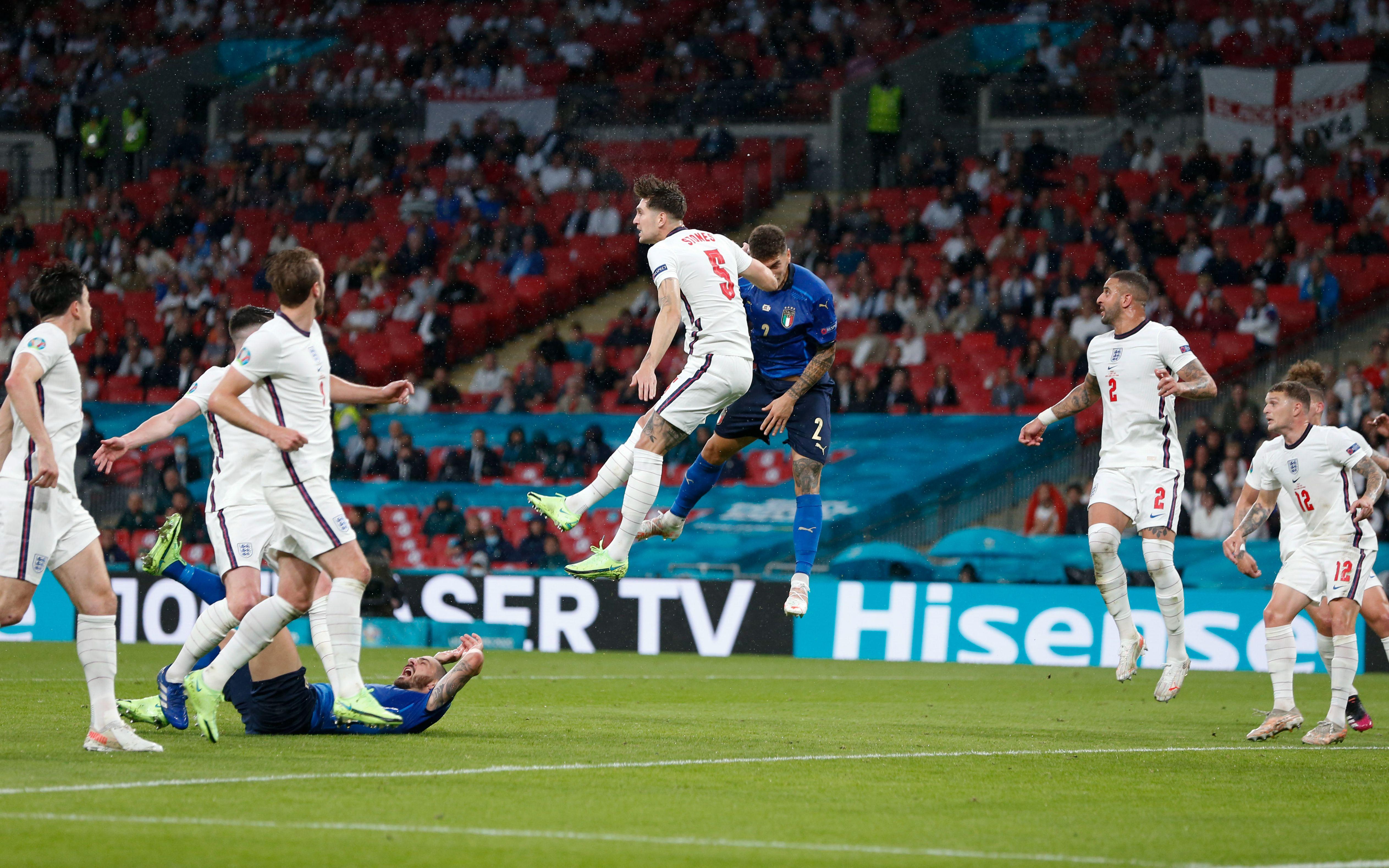 英格兰队在家门口丢掉了冠军。