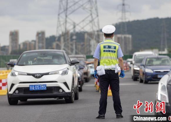 南京高风险区增至4个:风险尚未见底传播链条尚未阻断