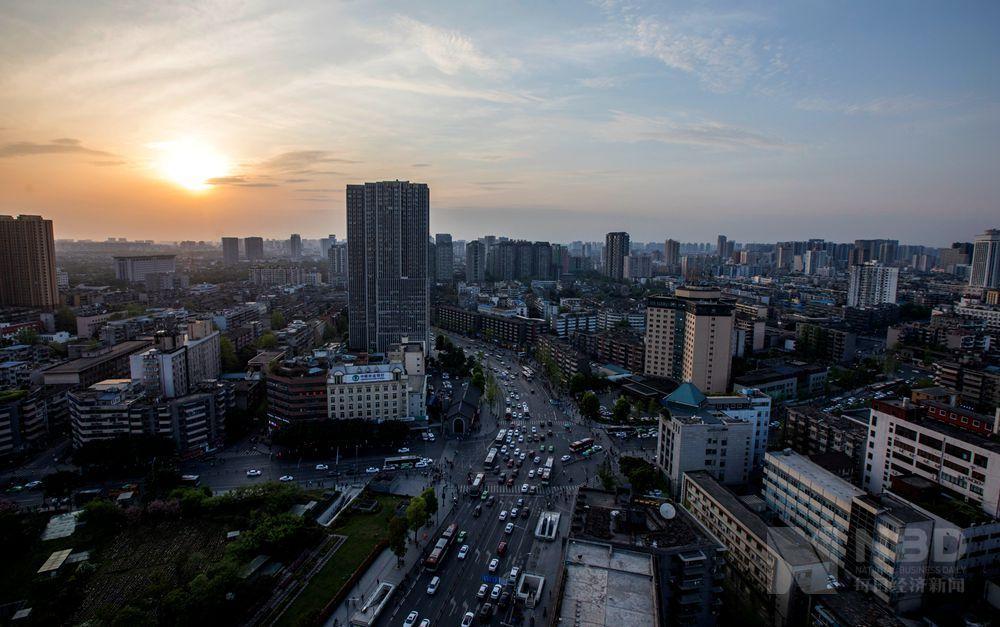成都2021人均gdp_人均GDP20强城市:江苏5市步入发达国家水平,天津、成都未上榜