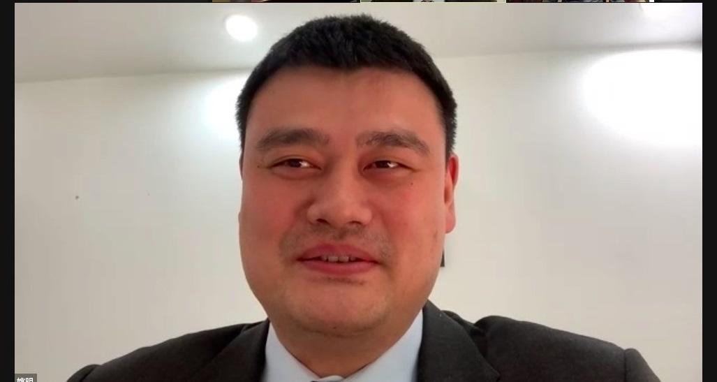 姚明以视频方式在论坛上致辞。