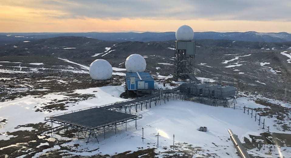 图为北方预警系统的一个雷达站点,该系统是北美防空司令部的主要雷达系统