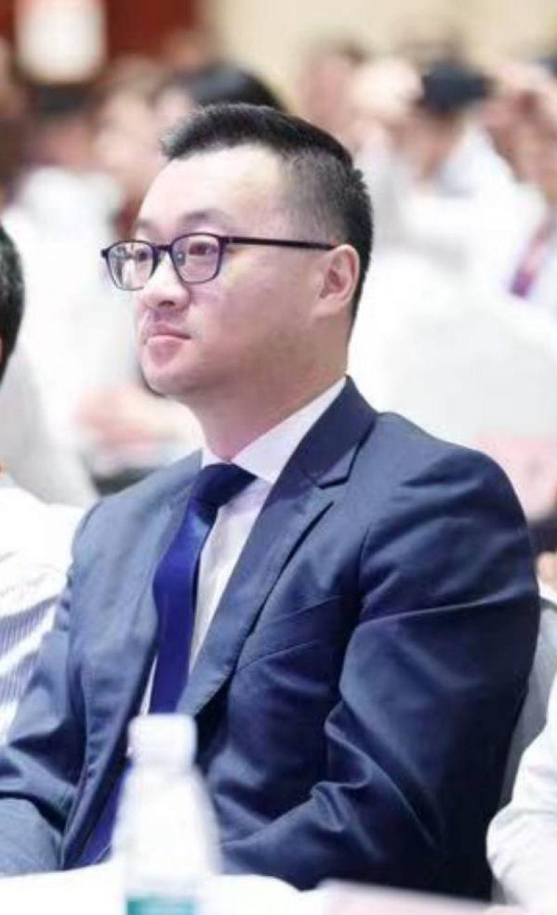 """42岁彭永东接任贝壳董事长,左晖为""""永远的荣誉董事长"""""""