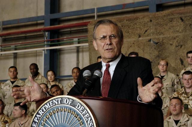 美国前国防部长唐纳德·拉姆斯菲尔德。