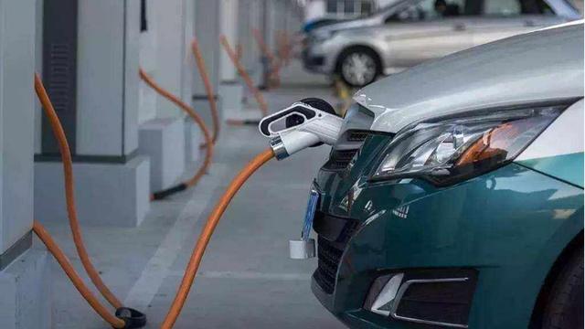 新能源汽车即将涨价?解读2021年新能源补贴新规