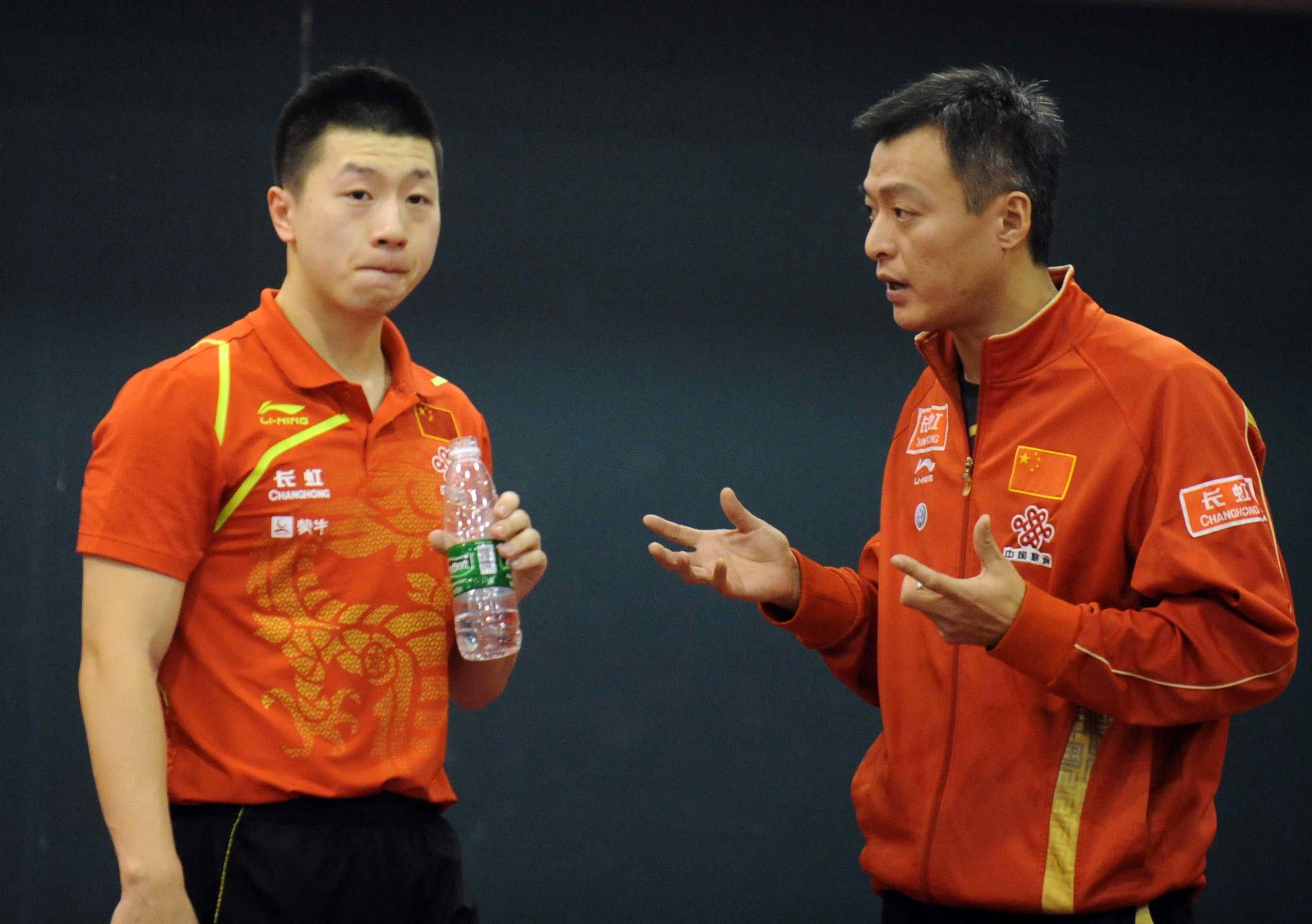 秦志戬教练和年轻时的马龙。