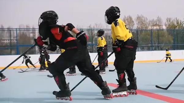 走近冬奥:从少林武校里走出的冰球队