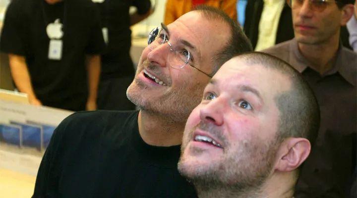 乔布斯和 Jony Ive.