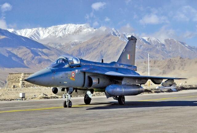"""印度空军装备的""""光辉""""战斗机"""