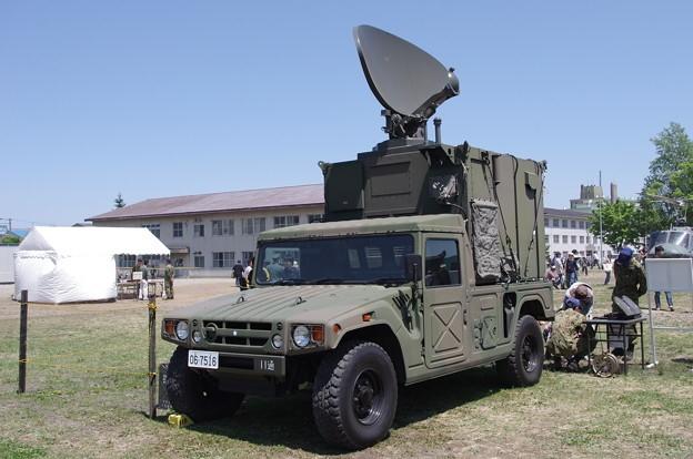 陆上自卫队装备的电子战车辆。