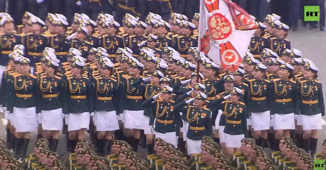 俄罗斯女兵方队 视频截图