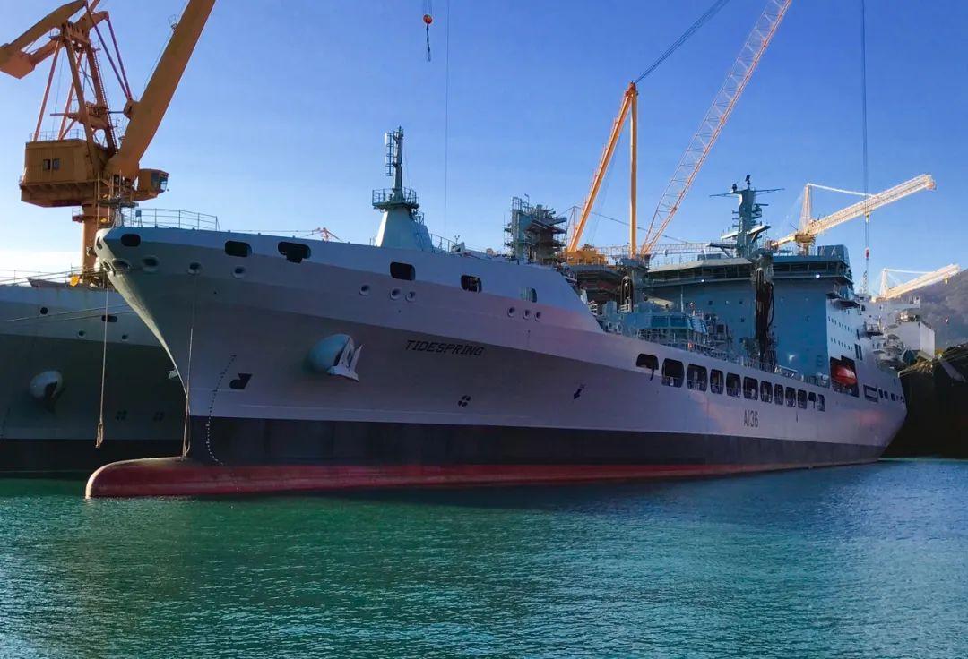 """英国海军向韩国订购的""""潮汐""""级油船"""
