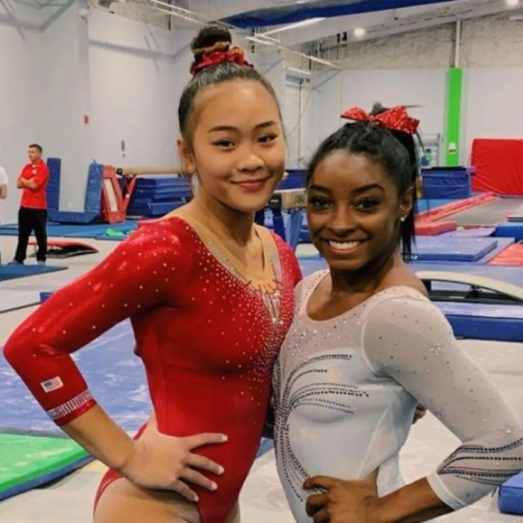 苏妮莎(左)与拜尔斯(右)的合影 图源:苏妮莎的ins