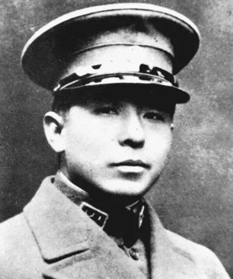 上图_ 张学良(1901年-2001年),字汉卿,号毅庵,乳名双喜、小六子