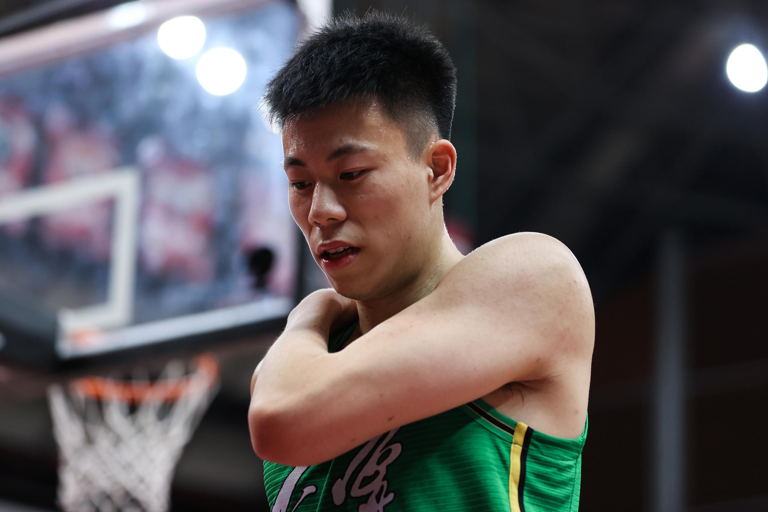 22岁的张镇麟已经入选过中国男篮集训队。