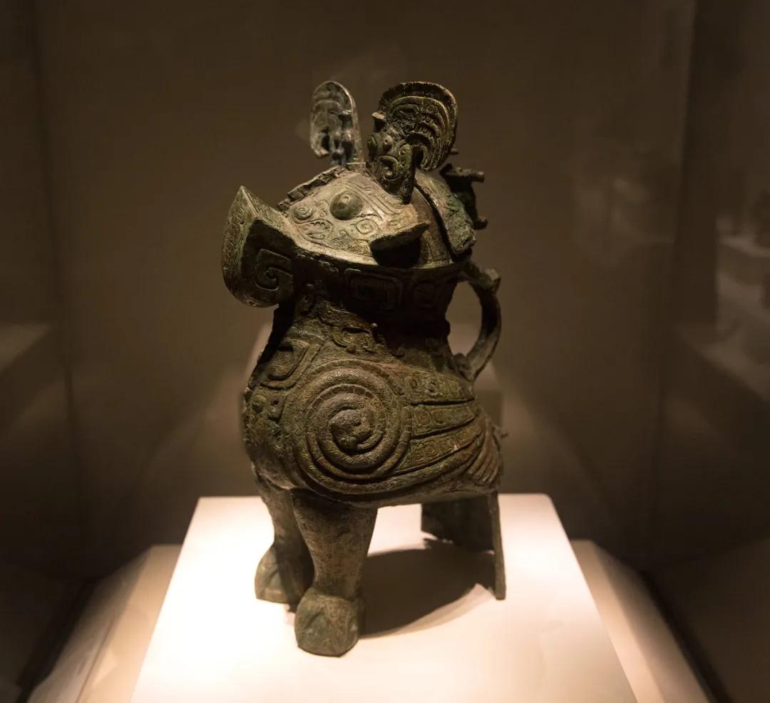 妇好鸮尊 / 中国国家博物馆藏 图源   图虫创意