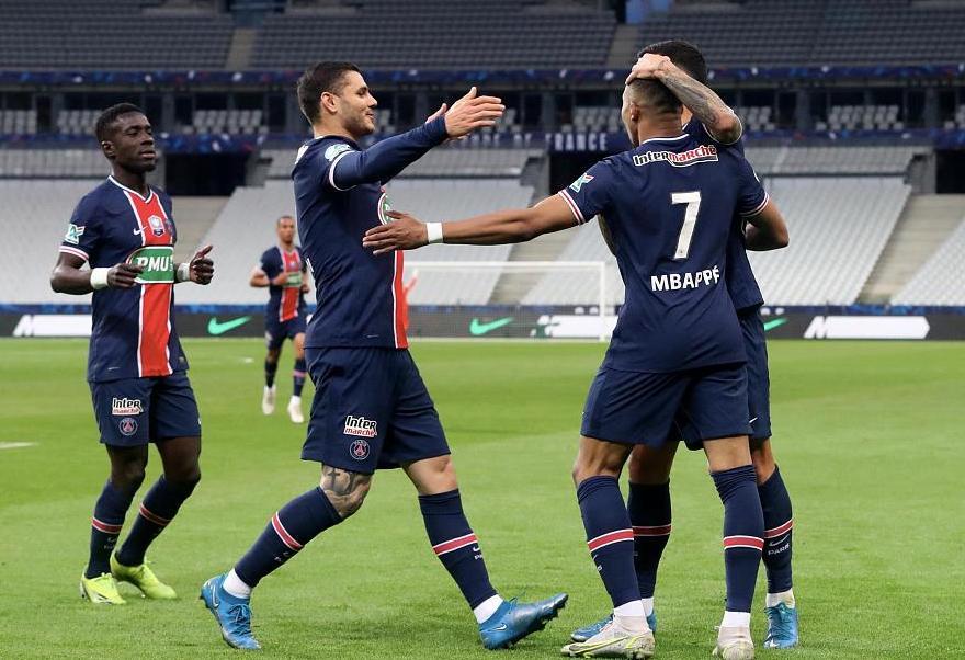 法国杯:姆巴佩传射伊卡尔迪破门,巴黎2-0摩纳哥卫冕夺冠
