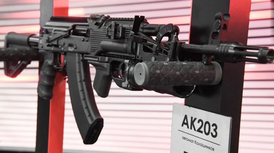 印度陸軍緊急進口7萬支AK-203突擊步槍 半年內交付