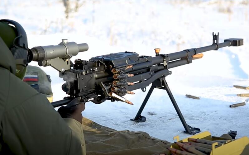 配备特殊瞄准镜的俄罗斯12.7毫米Kord重机枪 资料图