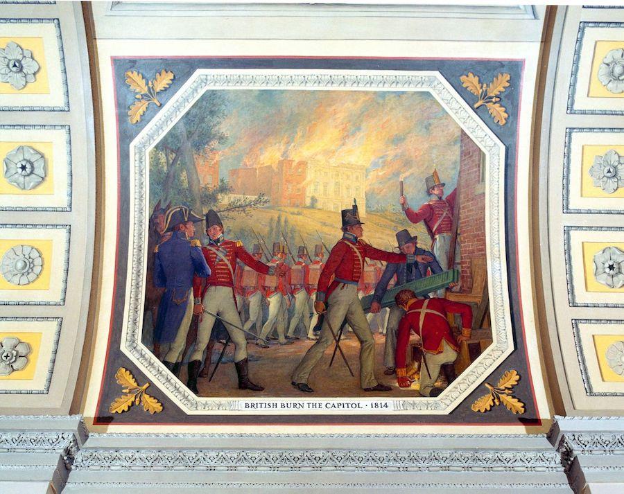 1814年,英国占领美国的缅因州,并且一度攻占美国首都华盛顿,烧毁了美国国会大厦。