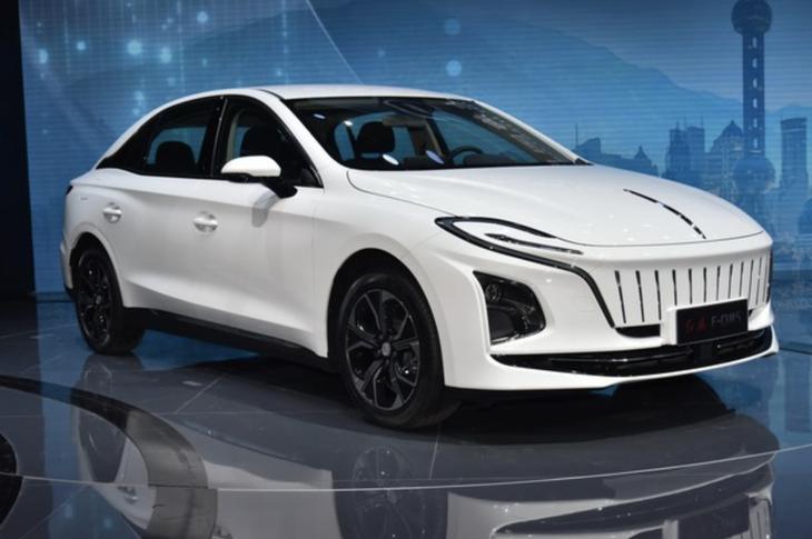 紅旗E-QM5售價公布 三款車型均售23.98萬元