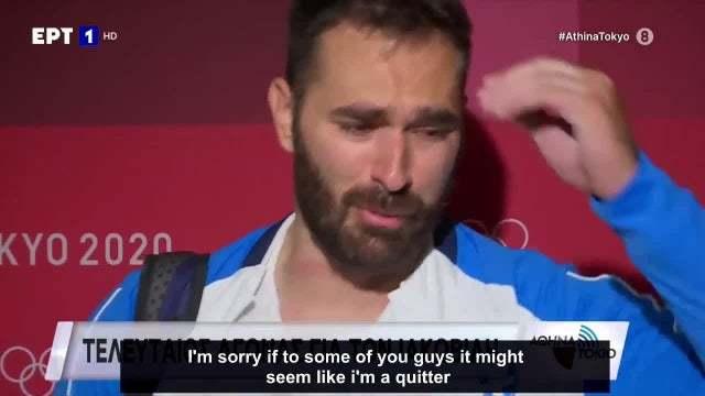 希腊举重选手奥多罗斯赛后接受采访时哭着宣布退役 图片:视频截图