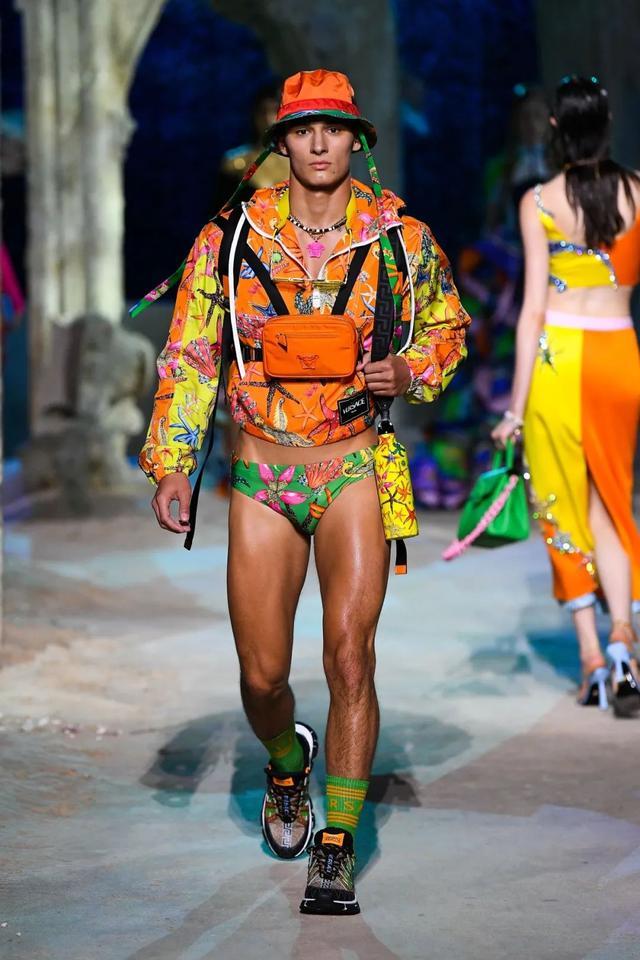 VERSACE范思哲大秀上的保加利亞男模特,值得關注的新人男模面孔
