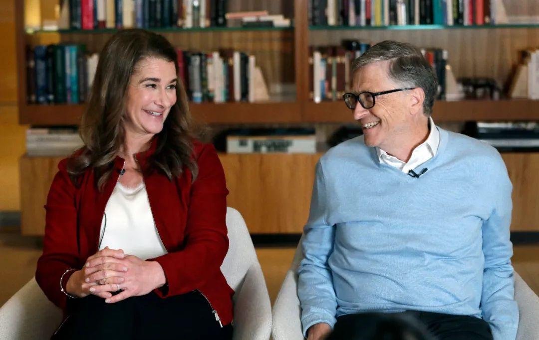 比尔·盖茨和妻子梅琳达。/IC Photo
