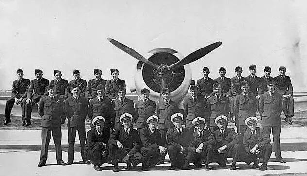 上图_ 朝鲜战争中澳大利亚空军