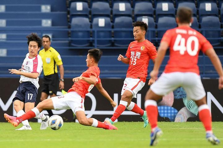 亞冠:廣州二隊0-2日本勁旅 首戰輸得有價值