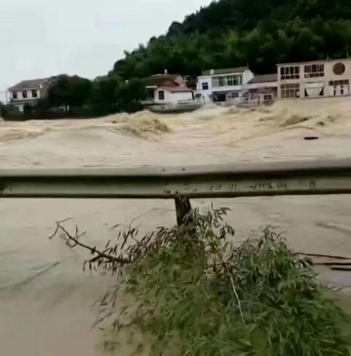 图 / 宁乡暴雨 来源 / 受访者供图