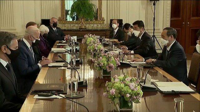 拜登和菅义伟面对面会谈 两人都强调了美日同盟关系