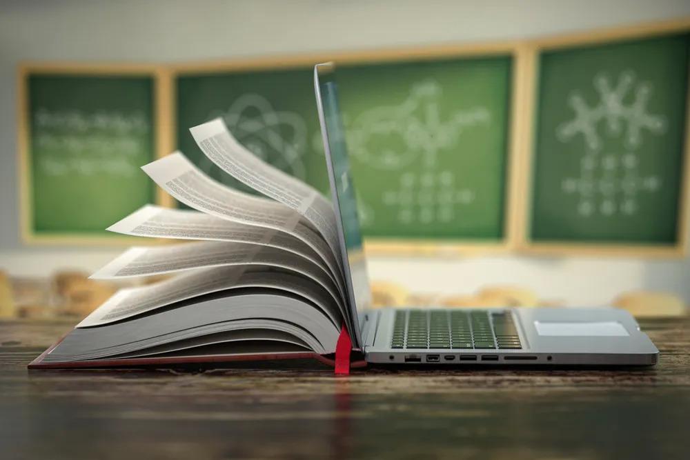 目前来看,少有在线教育机构在这场监管风波中幸免于难。