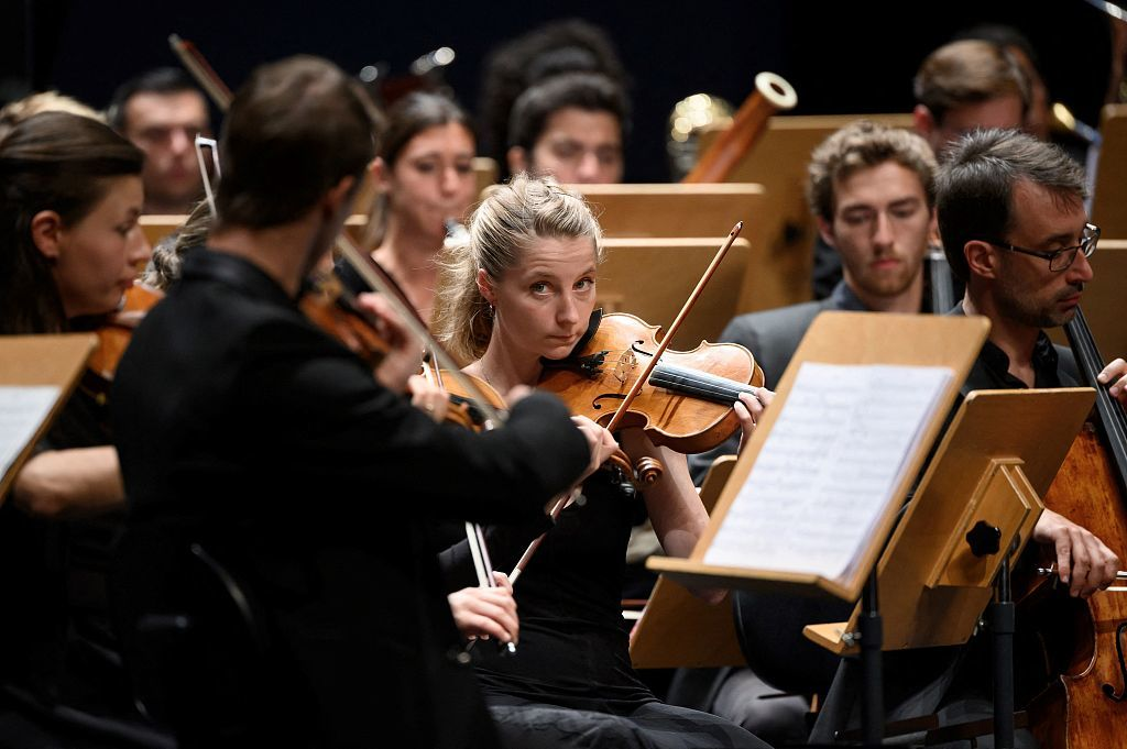 """利用AI谱写完成《第十交响曲》,人工智能真能让""""贝多芬复活""""?"""