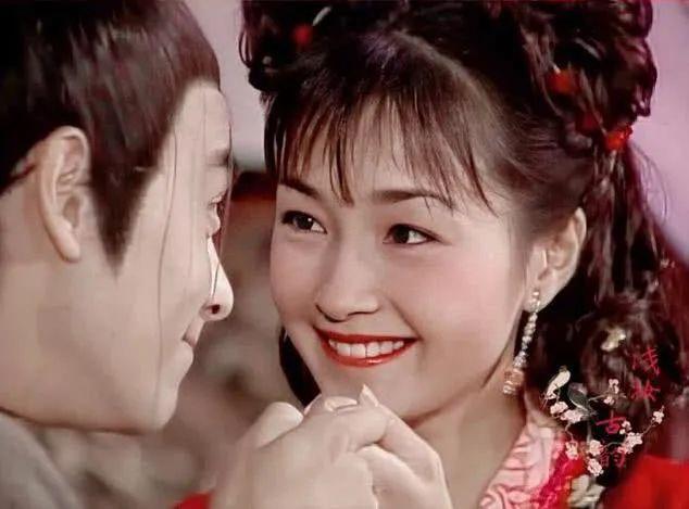 """冷门美人,""""最甜港姐""""李绮红后来去哪了?"""