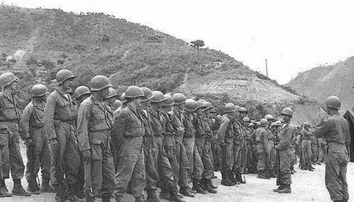 上图_ 朝鲜战争中的哥伦比亚部队
