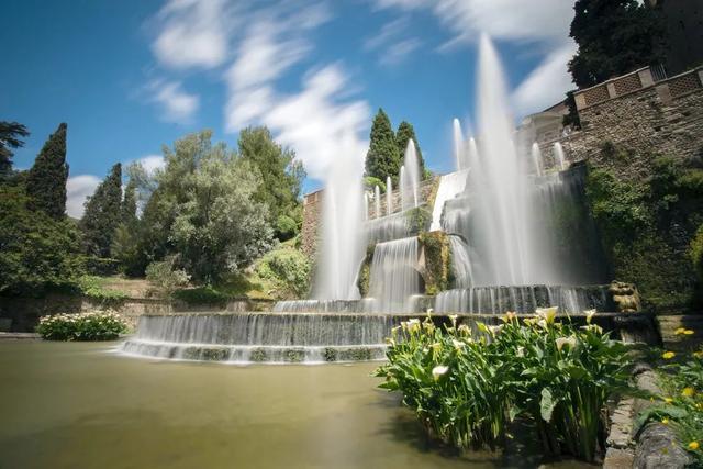 对统治者或皇室致敬的埃斯特别墅喷泉/图虫创意
