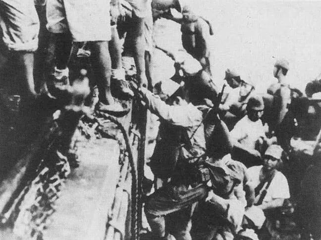 上图_ 瓜岛上的日军