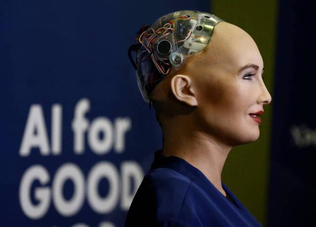 美专家:中国人工智能会超越美国!美媒:招揽中国人才为美国工作