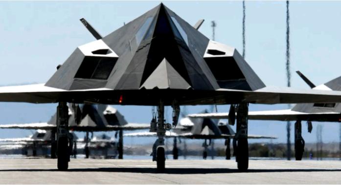 庞大的F-117机队已经一去不复返了