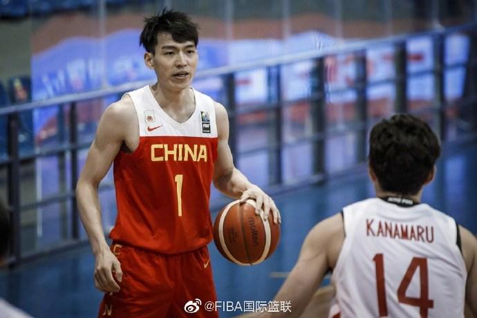 CBA常规赛MVP吴前在比赛中。