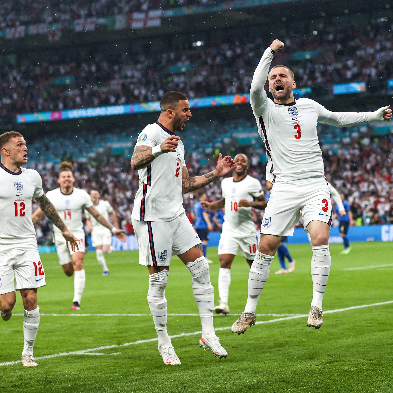 卢克·肖开场就为英格兰队进球。