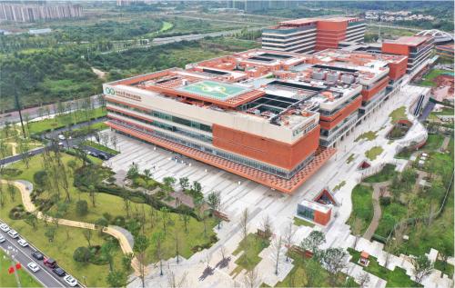 1288天的坚守:中建三局建设者带你揭秘四川大学华西天府医院的硬核实力