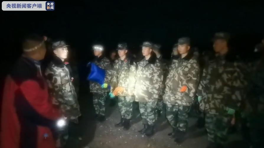 甘肃山地马拉松遭遇灾害天气 已致16名选手遇难5人失联